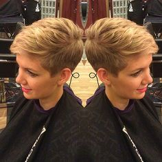 Devoted to Short Hair! – Travelin Devoted to Short Hair! The new web for people who love hair! Haircut For Thick Hair, Cute Hairstyles For Short Hair, Short Hair Cuts For Women, Pixie Hairstyles, Short Hair Styles, Super Short Hair, Short Grey Hair, Blonde Pixie Cuts, Short Pixie Haircuts