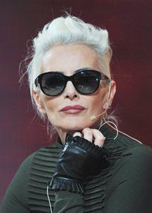 Ideas Hair Grey Older Women Advanced Style For 2019 Grey Hair, White Hair, Lilac Hair, Pastel Hair, Blue Hair, Style Funky, Beautiful Old Woman, Advanced Style, Ageless Beauty