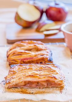 Apple Rhubarb Pies | Delicieux