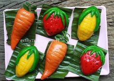 Thai Recipes, Snack Recipes, Cooking Recipes, Snacks, Japanese Cheesecake, Thai Dessert, Traditional Cakes, Cake Cookies, Watermelon
