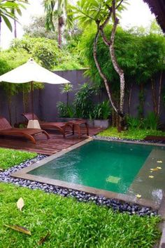 Finally, pool days have arrived! I have always wanted an in ground pool. There is a current trend for those who don't have the space but want the water.   Small Inground Pool, Small Swimming Pools, Small Pools, Small Decks, Small Pool Ideas, Nice Pools, Lap Pools, Indoor Pools, Small Yards