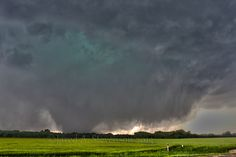 Earth Weather, Wild Weather, Natural Phenomena, Natural Disasters, Tornados, Sprites, Lightning Cloud, Storm Pictures, Storm Photography