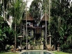 Teman Bebek, Sayan,  on the outskirts of Ubud.   Designed by Made Wijaya, The Place of the Duck is a must stay in Indonesia and you can see why Made Wijaya is regarded as the father of modern tropical design.