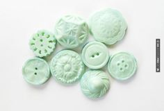 So cool! - Tiffany Blue chocolate buttons ... perfect for cupcake toppers! | CHECK OUT MORE GREAT GREEN WEDDING IDEAS AT WEDDINGPINS.NET | #weddings #greenwedding #green #thecolorgreen #events #forweddings #ilovegreen #emerald #spring #bright #pure #love #romance
