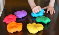 This new play dough recipe is sure to meet all of your desires. Its edible, gluten free, doesn't require any cooking, and has deep vibrant colors. You have to try this Gluten Free Homemade Play Dough Recipe ASAP. Easy Diy Crafts, Diy Crafts For Kids, Projects For Kids, Craft Ideas, Cooked Playdough, Homemade Playdough, Sensory Activities Toddlers, Infant Activities, Creative Activities