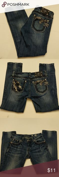 Miss Me Capri Jeans Miss me capri jeans size 27 made exclusively for the buckle ripped out in crotch area but stitched up and shown shown in picture both inside and out has lots of we're still in very cute back pockets in great shape. priced to sell. Miss Me Jeans Ankle & Cropped