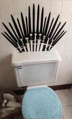 Game of Thrones Toilet! Repin this on Lydia's board so Zac can see it. Trust me, this will show up in their bathroom very quickly. lolololol