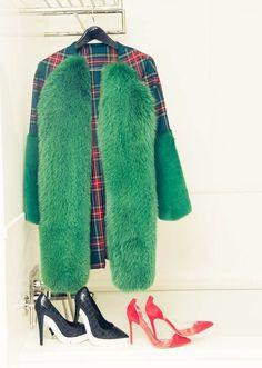 18 необычных моделей верхней одежды с мехом