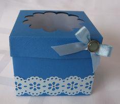 Ajándékátadó doboz