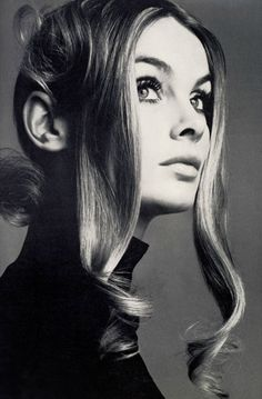 Jean Shrimpton photographed by Richard Avedon for British Vogue, 1969. Hair: Ara Gallant.