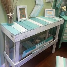 Wooden Pallet Projects 200 lavish Pallet Wooden Project Ideas for a Tranquil Life Wooden Pallet Projects, Wooden Pallet Furniture, Wooden Pallets, Painted Furniture, Pallet Wood, Diy Pallet, Rustic Furniture, Beach House Decor, Diy Home Decor