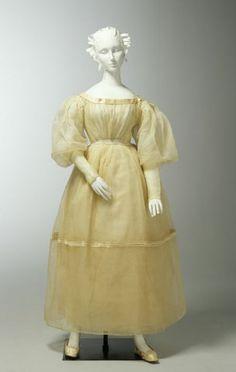 Wedding dress, 1833