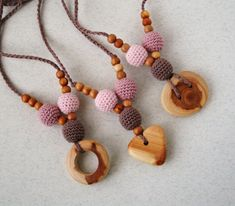 Hey, I found this really awesome Etsy listing at https://www.etsy.com/uk/listing/497559344/crochet-teething-necklace-for-mom