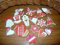 Vianocne Medovniky | vianočné medovníky - červená kolekcia... Sugar, Cookies, Desserts, Food, Crack Crackers, Tailgate Desserts, Deserts, Biscuits, Essen