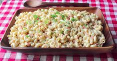 Food Wishes Pasta: This Classic Macaroni Salad Recipe Tastes Magical! Amish Macaroni Salad, Classic Macaroni Salad, Deli Style Macaroni Salad Recipe, Best Pasta Salad, Pasta Salad Recipes, Grilling Recipes, Cooking Recipes, Food Wishes, Comfort Food