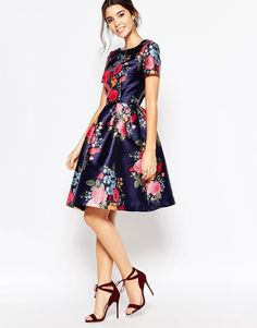 Buy Chi Chi London Midi Prom Dress with Full Skirt and Sleeve at ASOS. Get the latest trends with ASOS now. Midi Dress Outfit, Asos Dress, Dress Outfits, Dress Up, Navy Dress, White Dress, Asos Bridesmaid Dress, Spring Bridesmaid Dresses, Prom Dresses