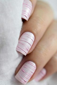 Semi-permanent varnish, false nails, patches: which manicure to choose? - My Nails Diy Nails, Cute Nails, Bride Nails, Wedding Nails, Glitter Wedding, Nailed It, Nail Polish, Nail Nail, Minimalist Nails