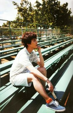 I'd freak if I saw this guyyy at my local TENNIS COURT.
