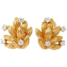 Preowned 1970s Boucheron Diamond Gold Clip Earrings ($5,165) ❤ liked on Polyvore featuring jewelry, earrings, multiple, gold clip on earrings, diamond jewellery, gold jewelry, clip on earrings and clip back earrings
