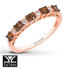 This stackable band from Le Vian® features alternating Chocolate Diamonds® and Vanilla Diamonds® set in sweet 14K Strawberry Gold®. The band has a total diamond weight of 3/8 carat. Le Vian®. Discover the Legend. Diamond Total Carat Weight may range from .37 - .44 carats.
