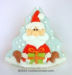 Santa cookies by Cookievonster Christmas Tree Cookies, Christmas Clay, Santa Cookies, Sweet Cookies, Iced Cookies, Cute Cookies, Christmas Gingerbread, Holiday Cookies, Cupcake Cookies
