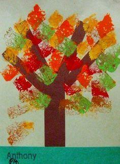 Herfstboom - stroken bruin papier + stempelen met sponsjes