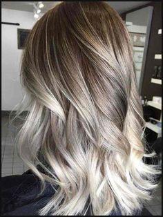 Balayage on fleek: Über 30 Trend-Looks, wie du die Haarfarbe tragen ... | Einfache Frisuren