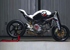 Ducati Monster MS4R concept by Paolo Tesio