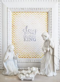 Glory to the newborn King {printable}   Nice display idea too