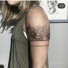 Flower Arm Band Tattoo Artist: Lucky's Tattoo and… – Awesome Tatoos Flower Arm Band Tattoo … Upper Armband Tattoo, Half Sleeve Tattoo Upper Arm, Upper Arm Tattoos, Arm Tattoos For Women Upper, Tattoo Band, Band Tattoo Designs, Line Tattoo Arm, Arm Band Tattoo For Women, Sleeve Tattoos For Women