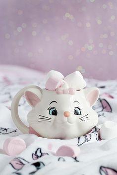 Primark home disney marie aristocats Disney Coffee Mugs, Disney Mugs, Disney Gift, Disney Home, Marie Aristocats, Sally Nightmare Before Christmas, Mickey Mouse Mug, Disney Mickey Mouse, Starbucks Cup
