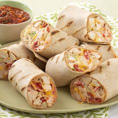 Mexican Grilled Chicken Wrap – These super-easy grilled chicken wraps with coleslaw, cheese, and tomatoes deliver warm Mexican flavors without a lot of prep time–which means they're perfect for dinner(Grilled Chicken Dishes) Lunch Snacks, Clean Eating Snacks, Lunch Recipes, Mexican Food Recipes, Healthy Snacks, Cooking Recipes, Healthy Recipes, Lunches, Kraft Recipes