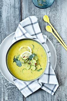 courgette soup with yellow curry paste