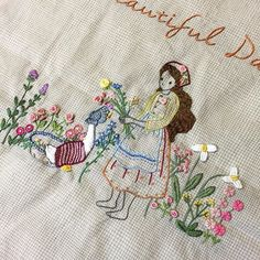 See photos of the classes that will be offered at our 2019 National Seminar in a wide variety of embroidery techniques. Hand Embroidery Stitches, Embroidery Techniques, Embroidery Designs, Needlework, Diy And Crafts, Kids Rugs, Brazilian Embroidery, Tela, Sewing Ideas