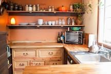 "House in Portland, United States. Seen on the TV show ""Tiny House Nation"", CNN, Food & Wine Magainze, and the NY Post, the 350 sq ft Rustic Modern Tiny House was designed and built by us, your friendly AirBNB hosts. Guests call it ""completely charming"" and ""the perfect urban getaw..."