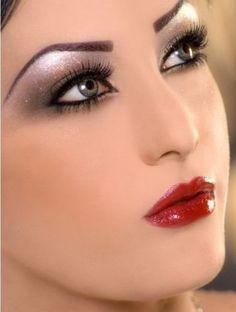 Eye Makeup Tips.Smokey Eye Makeup Tips - For a Catchy and Impressive Look Bridal Eye Makeup, Smoky Eye Makeup, Eye Makeup Steps, Bride Makeup, Love Makeup, Wedding Makeup, Makeup Looks, Hair Makeup, Glam Makeup