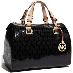 Fashion Handbags On michael kors handbags on