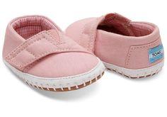 Pink Canvas Tiny Toms Crib Alpargatas #tinytoms #babytoms