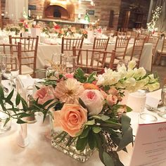 Coral & blush pink centrepiece | By Unico Decor