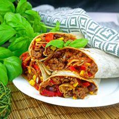 Tortilla po meksykańsku – szybka i smaczna przekąska Pepperoni, Ricotta, Tacos, Mexican, Lunch, Ethnic Recipes, Food, Gastronomia, Chili Con Carne