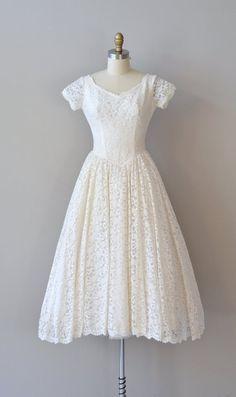 lace 50s wedding dress / 1950s dress /