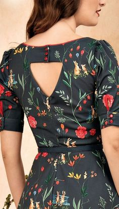 "Best 12 Ayyaz""Farida"" – Page 860398703786346497 Kurti Back Neck Designs, Churidar Neck Designs, Simple Kurti Designs, Kurti Sleeves Design, Sleeves Designs For Dresses, Neck Designs For Suits, Kurta Neck Design, Saree Blouse Neck Designs, Kurta Designs Women"