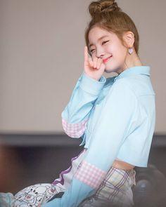 Dahyun | Twice Nayeon, South Korean Girls, Korean Girl Groups, Twice Once, Twice Dahyun, Twice Kpop, Extended Play, Mamamoo, Korean Beauty