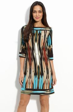 I am diggin' this Donna Morgan jersey dress. LOVE the colors. Casual Dresses, Short Dresses, Summer Dresses, Maxi Dresses, Hijab Fashion, Fashion Dresses, Trendy Fashion, Womens Fashion, Mode Hijab