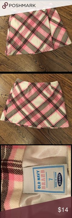 Girls sz 7 pink & brown plaid wrap skirt Darling fully lined plaid skirt.  Button closure.  Darling w/tights and boots! Old Navy Bottoms Skirts