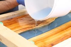 DIY Resin River Table Using Clear Epoxy Casting Resin and Wood - Home ideas - Picture of Pour River Layer 2 - Diy Resin River Table, Epoxy Resin Table, Diy Epoxy, Resin Crafts, Wood Crafts, Resin Art, Resin And Wood Diy, Resin Furniture, Furniture Ideas