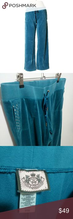 """Juicy Couture teal velour sweatpants Juicy Couture teal velour pants. Straight leg cut. Elastic waist  Large. 20"""" Inseam  Materials: 80% Cotton, 20% Polyester  NWOT. In excellent condition.   #pakainin #NWOT #perfectcondition #juicycouture #tealsweatpants #bluepants Juicy Couture Pants Track Pants & Joggers"""