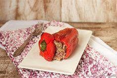 Pimiento rojo relleno de ternera y setas | Comer con poco
