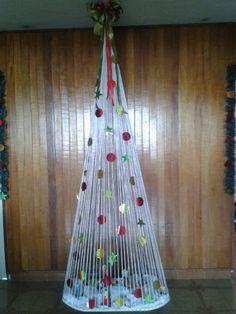 Un arbol de navidad original economico y elegante,titalmente realizado por mi!