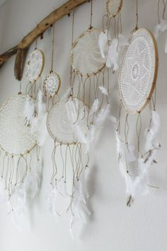 Beautiful! I could do something like this above my bed! EEEE!!!!! white lace doily dream catchers shabby